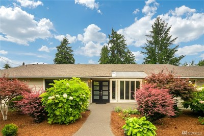 Bellevue Single Family Home For Sale: 2601 W Lake Sammamish Pkwy SE