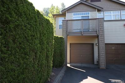 Renton Condo/Townhouse For Sale: 17745 134th Ln SE