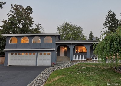 Lynnwood Single Family Home For Sale: 3300 166th Place SW