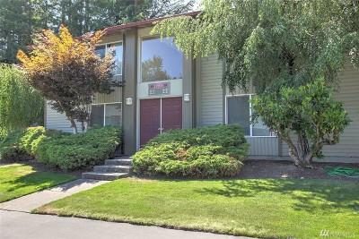 Renton Condo/Townhouse For Sale: 17533 151st Ave SE #8-7
