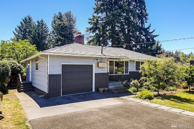 Shoreline Single Family Home For Sale: 1821 N 195th St