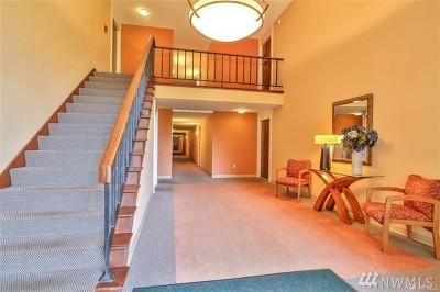 Kirkland Condo/Townhouse For Sale: 11004 NE 68th St #914