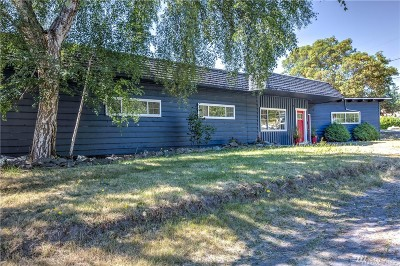 Single Family Home For Sale: 1303 Orchard Loop