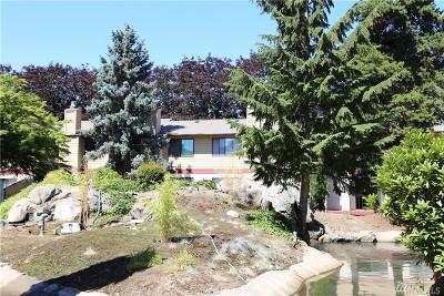 Kent Condo/Townhouse For Sale: 1828 Maple Lane #J53