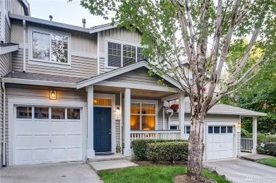 Redmond Condo/Townhouse For Sale: 17824 NE 96th Wy #2