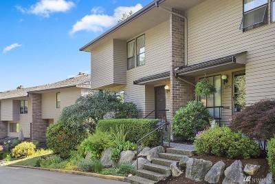 Seattle Condo/Townhouse For Sale: 10749 Glen Acres Dr S