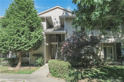 Renton Condo/Townhouse For Sale: 801 Rainier Ave N #B309