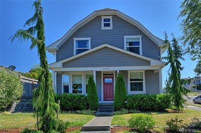Everett Single Family Home For Sale: 1901 Summit Ave