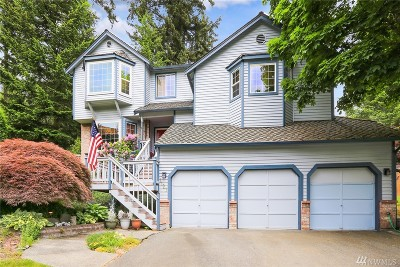 Lynnwood Single Family Home For Sale: 1127 188th Place SW