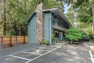 Bothell Condo/Townhouse For Sale: 9906 NE 190th St #A