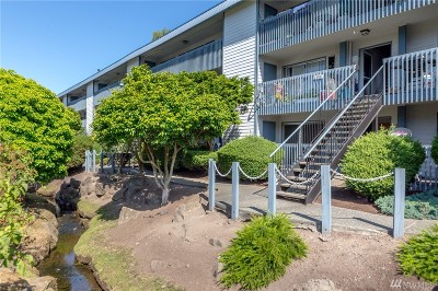 Des Moines Condo/Townhouse For Sale: 22987 Marine View Dr #D109