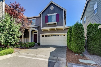 Bothell Condo/Townhouse For Sale: 21819 38th Dr SE #2