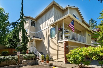 Lynnwood Condo/Townhouse For Sale: 15508 35th Ave W #B5