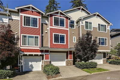 Lynnwood Condo/Townhouse For Sale: 15720 Manor Way #K7