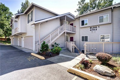King County Condo/Townhouse For Sale: 4702 Mill Pond Dr SE #106