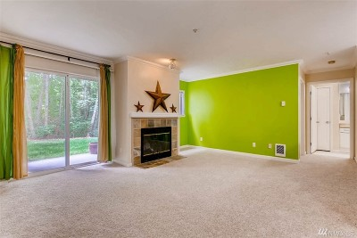 Federal Way Condo/Townhouse For Sale: 33020 10th Ave SW #A102