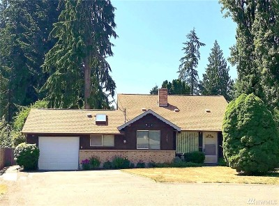 Single Family Home For Sale: 1927 205th St SW