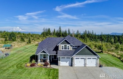 Pierce County Single Family Home For Sale: 1621 Kinsman Ct E