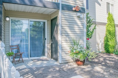 Condo/Townhouse Sold: 16517 Currie Rd SE #B102