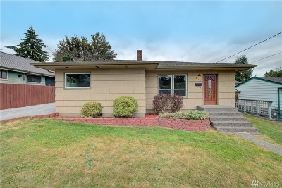 Snohomish Single Family Home For Sale: 215 H
