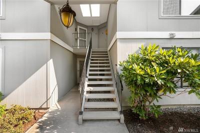 Kirkland Condo/Townhouse For Sale: 11104 NE 68th St #A204
