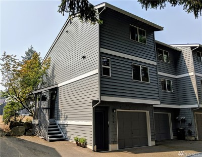 Shoreline Condo/Townhouse For Sale: 916 N 165th St