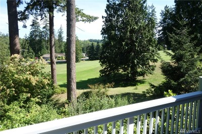Port Ludlow Condo/Townhouse For Sale: 71 Highland Greens #2
