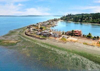 Bainbridge Island Single Family Home For Sale: 15711 Point Monroe Dr NE