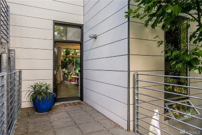 Seattle Condo/Townhouse For Sale: 1413 15th Ave #3