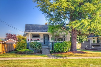 Enumclaw Single Family Home For Sale: 1313 Porter St