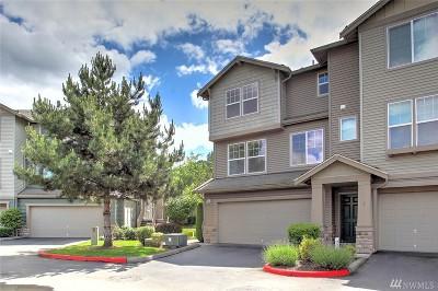 Renton Condo/Townhouse For Sale: 15325 SE 155th Place #Y1