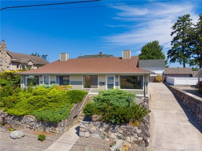 Anacortes Multi Family Home For Sale: 1410 8th St