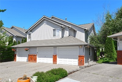 Everett Condo/Townhouse For Sale: 5801 136th Place SE