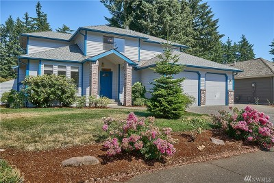 Maple Valley Single Family Home Contingent: 26018 Lake Wilderness Country Club Dr SE