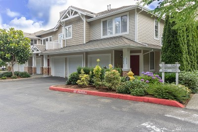 Issaquah Condo/Townhouse For Sale: 5352 237th Terr SE #20-7