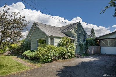 Seattle Single Family Home For Sale: 611 N 143rd St