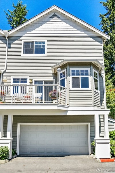 Sammamish Condo/Townhouse For Sale: 900 233rd Ave NE #953