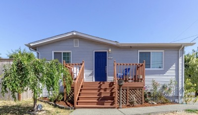 Tacoma Single Family Home For Sale: 3851 S 15th St