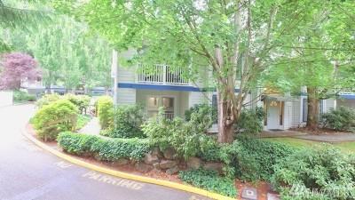 Redmond Condo/Townhouse For Sale: 8653 Avondale Rd NE #D 107
