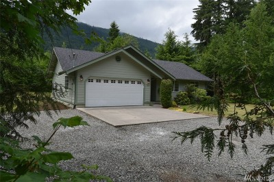 Maple Falls Single Family Home For Sale: 722 Sprague Valley Dr