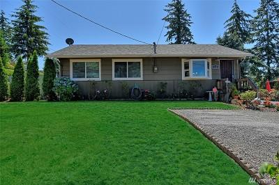Everett Single Family Home For Sale: 312 Sydney Ln