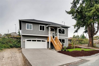 Everett Single Family Home For Sale: 5002 50th St SW