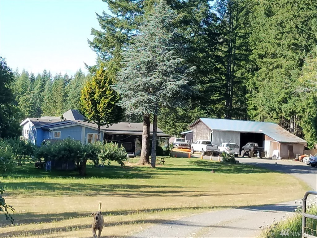 3 bed / 2 baths Home in Shelton for $198,000