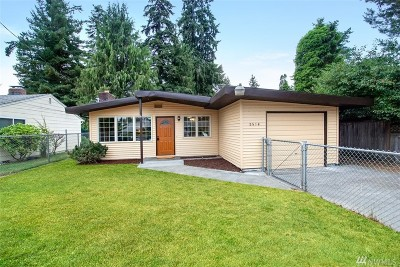 Lakewood Single Family Home For Sale: 8514 121st Street SW
