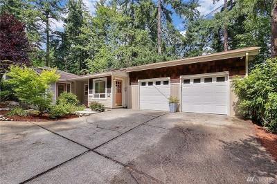 Issaquah Single Family Home For Sale: 550 Ellerwood St