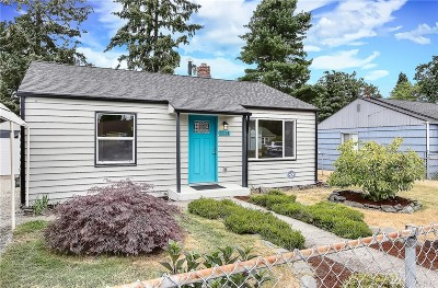 Tacoma Single Family Home For Sale: 1113 118th St S