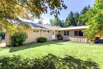 Lakewood Single Family Home For Sale: 10112 Hemlock St SW