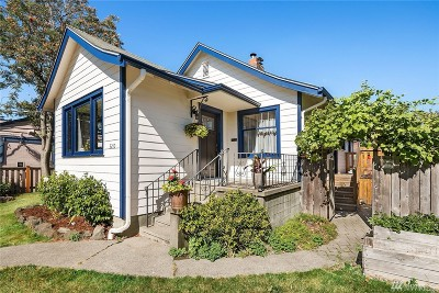 Seattle Single Family Home For Sale: 3210 41st Ave SW