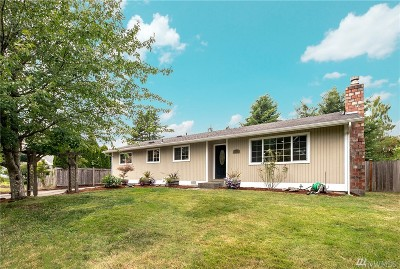 Kirkland Single Family Home For Sale: 8110 NE 142nd Place