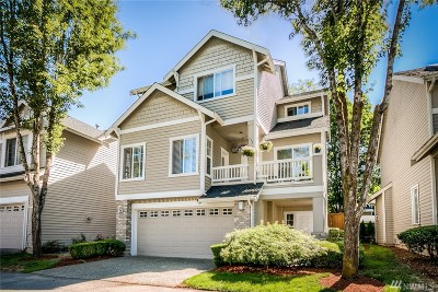 Issaquah Condo/Townhouse For Sale: 496 Newport Wy NW #12
